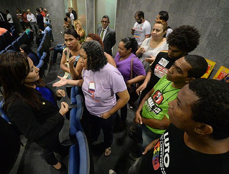 Movimento LGBT se mobiliza para que título a Feliciano não seja aprovado