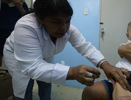 Rede estadual de Saúde segue oferecendo vacinas contra gripe