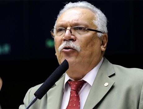 Antônio José Medeiros e Maria Xavier são alvo de ação por improbidade