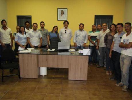 Miguel Alves compra produtos da agricultura para merenda escolar
