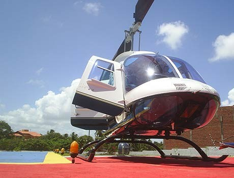 Deputados gastam mais de R$ 300 mil de verba pública com taxi aéreo