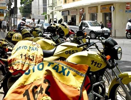 Reajuste: Preço de moto-taxi sobe e encosta em valores de taxi